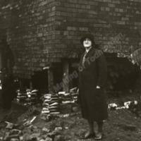 Felling the Brick Works Chimney - MOT00508