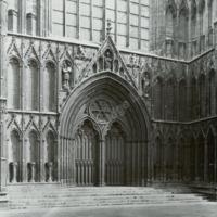 York Minster, West Front Gate - HLS05891