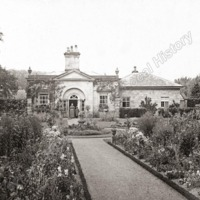 Castle Howard, the Gardener - HLS05755