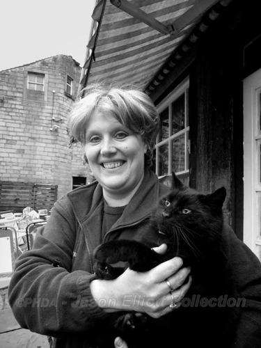 Elaine Roberts - JAE00261