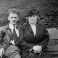 Philip Longbottom with his mother, Ada Mary (née Cockcroft) - HOL00158