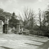 Holme Chapel and Gates - HLS05903