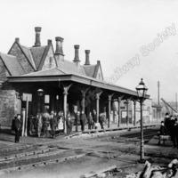 Heckmondwike Station pre 1888. - LYR00305