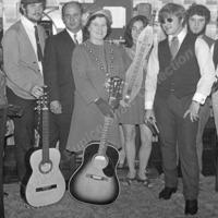 Re-opening of Todmorden Folk Club -  EUS00150