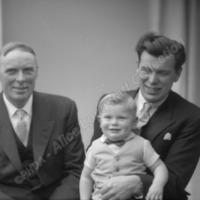 Group Portrait, 3 Generations? - ALC07079