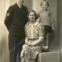 Parents and children - ALC02300