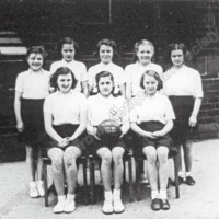 Roomfield School girl's netball team Todmorden, 1950-51 - TAS001265