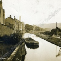 The Rochdale Canal at Luddenden Foot - HCC00970