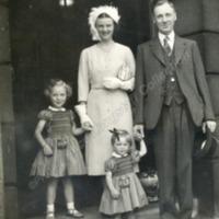 Parents and children - ALC02306
