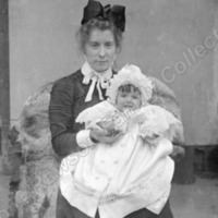 Lady with Baby - RFC00133