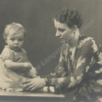 Evelyn Greenwood with daughter, Mavis - ALC04508