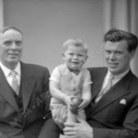 Group Portrait, 3 Generations? - ALC07089