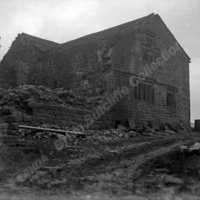 Old Farm Buildings - BRS00144