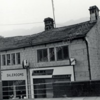 West End, Hebden Bridge shops - BIM00389