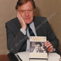 Launch of Bernard's Autobiography, May 1991 - ING00123